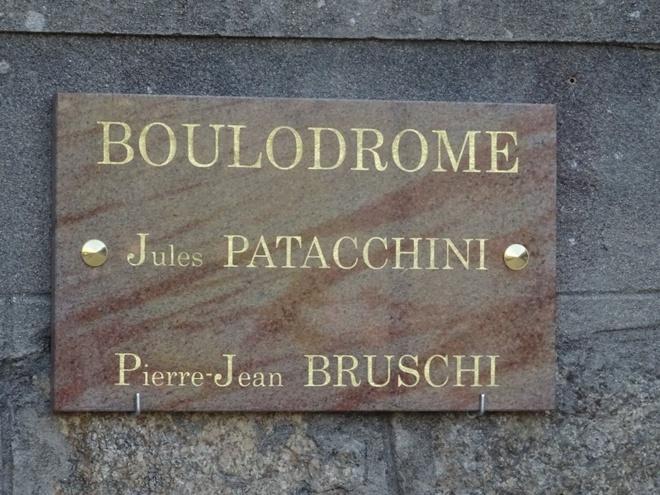 """Boulodrome  """"Jules Patacchini- Pierre Jean Bruschi"""" Place de l'Accintu."""