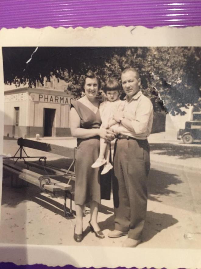 Monsieur et Madame Culioli avec leur fille