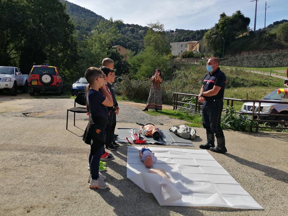 Les écoliers de Vico au centre d'incendie et de secours